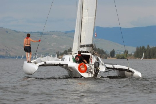 trimaran_okanagan_lake_06_027