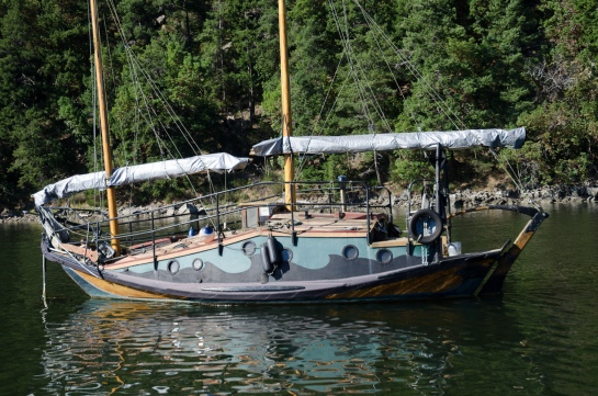 Looks like a steel hull to me. Seen in Lyall Harbour, Saturna Island, BC.